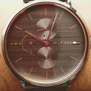 あのヒョージが腕時計買ったってよ!【ヒョージ】