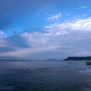 函館山の向こうは日本海