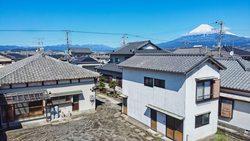 広い敷地の中古住宅     #富士市