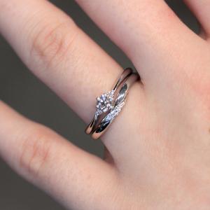 シンプルで着けやすい 重ね着けがおしゃれで可愛いセットリング 婚約指輪・結婚指輪 雅 表参道