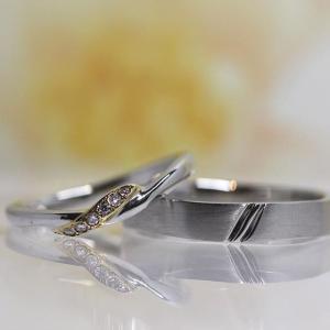 着物の帯をイメージした結婚指輪