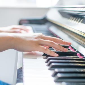 シンフォニーを奏でよう♪音楽をモチーフにした結婚指輪