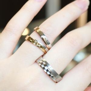 市松模様のプラチナとゴールドのコンビネーションの個性的な結婚指輪 雅-miyabi-表参道