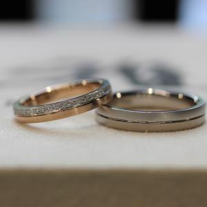 お素材を2種類使用したコンビネーションのご結婚指輪 雅
