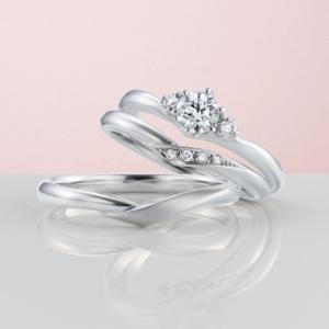 繋いだ手をイメージした結婚指輪【京都本店】