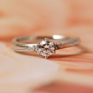 甘くとろけるハチミツのよう♡*カフェ好きな彼女にスイートな婚約指輪を…【京都本店】
