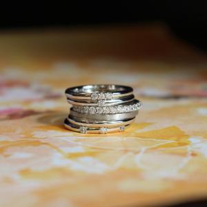 シンプルだからこそこだわりたい!記念日に重ねていきたいモミジの結婚指輪♡*【京都本店】