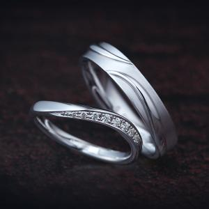 ラインの美しさを追求した、一体感のある結婚指輪(マリッジリング)♪