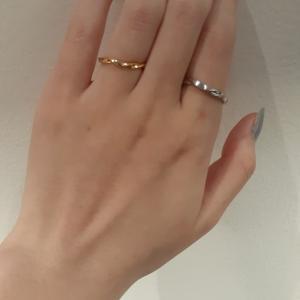 動きのあるアームと柔らかなストレートのアームの結婚指輪たち☆【京都本店】