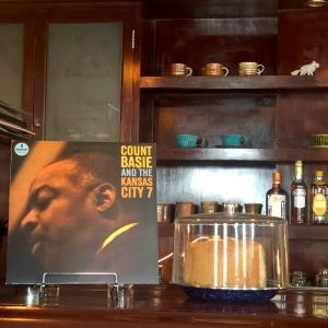 『ジャズ喫茶 Peat』でカレーランチ