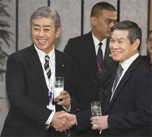 Shinzo Abe or Abe Shinzo