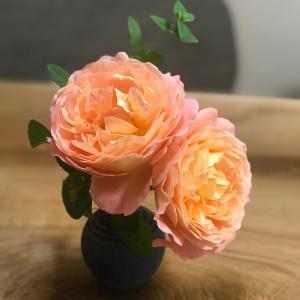 雨の日が続くと浮腫みがちな心と身体可愛い薔薇を目の前に、癒しの曲を聴きながら…そば...