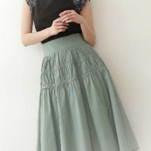 こういうスカート可愛いよねん♪このコーデ好き♡と思ったらやっぱりジルバイジルでした♪