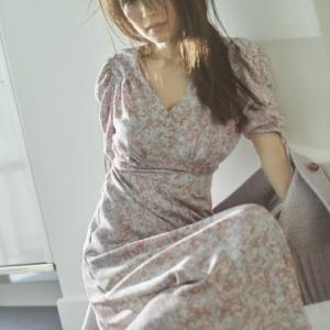 泉里香さん着用のスナイデルの大人気ワンピース♪