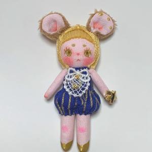 企画展「ポラリスの少女」作家紹介 その7 yummy.toy box
