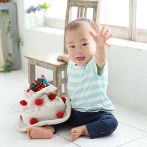 1歳バースデーでベビーフォト♪ 狛江市世田谷区喜多見フォトスタジオリーフ