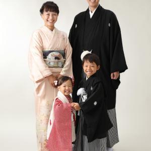 七五三は家族みんなで着物で撮影♪|狛江市世田谷区喜多見フォトスタジオリーフ