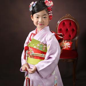 7歳さん人気のお着物と言えば薄紫!|狛江市世田谷区喜多見フォトスタジオリーフ