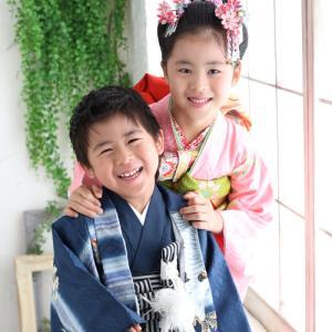7歳5歳の七五三撮影!兄弟でにこにこ♪ 狛江市世田谷区喜多見フォトスタジオリーフ