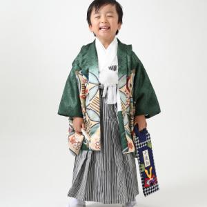 緑のお着物で七五三5歳撮影でした 狛江市世田谷区喜多見フォトスタジオリーフ
