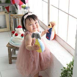 可愛いドレスを着て1才記念にベビーフォト! 狛江市世田谷区喜多見フォトスタジオリーフ
