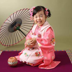 七五三3歳大好きなピンクのお着物でニコニコ撮影!|狛江市世田谷区喜多見フォトスタジオリーフ