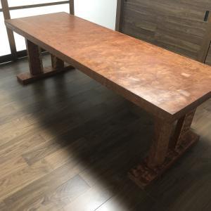 ブビンガのテーブル