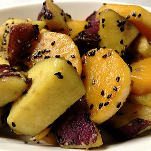 サツマイモとバターナッツかぼちゃの大学芋風甘煮♪