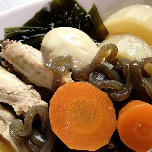 鶏手羽中と昆布で煮物&ほうれん草とジャコのにんにくオリーブオイル漬けの和え物♪