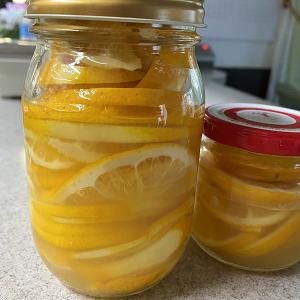 庭のレモンで蜂蜜レモンを作って♪