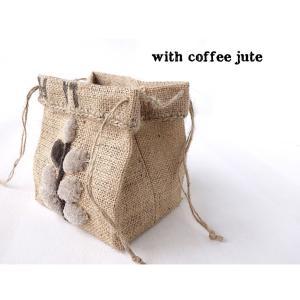 コーヒー袋でニードルパンチ