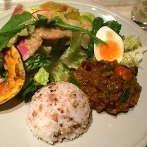 羽田空港「GGG(Good Green Garden) Cafe」さんの「キーマカレープレート」