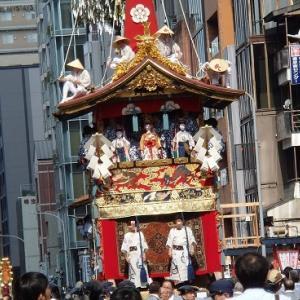 祇園祭山鉾巡行 帰り道も見ものです!