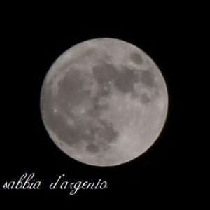 ハロウィーン満月