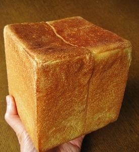 正四角形の1斤型で角食