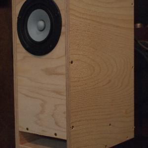 「MarkAudio Pluvia7PHD + ハイパーバスレフ箱」の試聴~見通しの良い広大な音場をベースに・・・