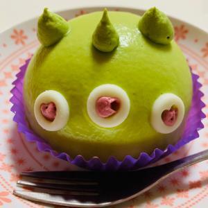 エイリアンのメロンケーキ