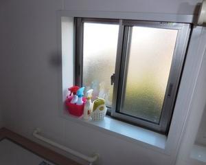 パスルームに「内窓」DIYで二重化してみました。