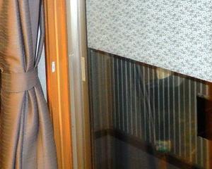 プラマードU 6窓目2F掃出窓、左縦枠が内外逆だった。