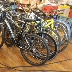 札幌 中古 クロスバイク 今ならたくさん在庫ございます🎵