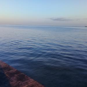 海で朝食 ケンタッキー