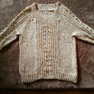 ケーブルとボッブルプル、編み上がり