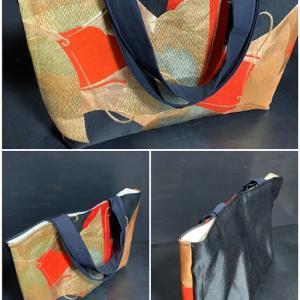 銅版画と平面絵画のアニモ展お当番後は、マルシェ放浪で超プチプラの帯地手提げにお洋服get!