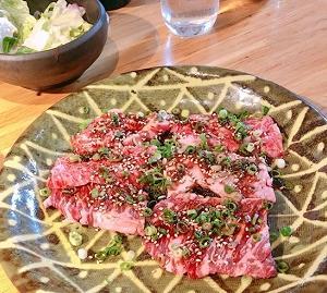 めちゃめちゃ美味しすぎる焼肉ランチ♪グルメリア六甲(岸和田店)の炭火焼肉サービスランチ \1,800  ※1日限定50食