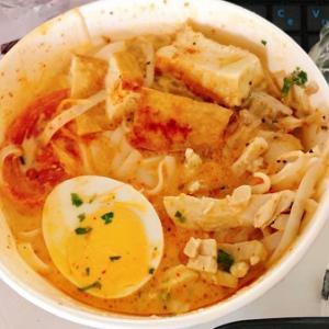 成城石井 シンガポール風ラクサを食べました♪