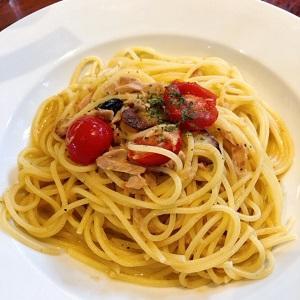 カプリチョーザでランチ♪サラダビュッフェが美味しいです♪ #カプリチョーザ #ペペロンチーノ