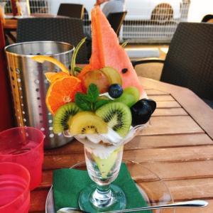 フルーツパフェが食べたくなって( ^ω^)・・・♪果物屋さんのいちごパフェ♡ #果物屋さんのいちごクレープ #いちごパフェ #季節のパフェ #いちごクレープ #クレープ