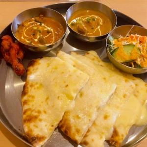 チーズナンが食べたくて♪インド料理屋さんのチーズナンランチ♪