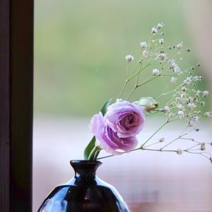 *さりげなく 生けられた花。。♪