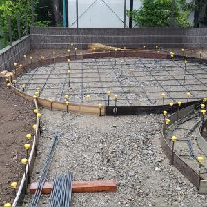 下地、花壇と伐採伐根と完成!